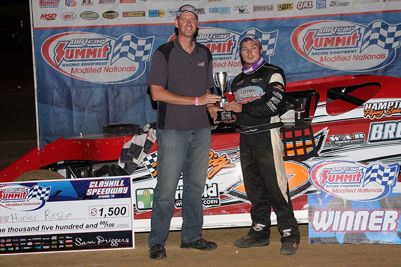 Rasdon Captures 2014 DIRTcar Summit Racing Equipment Modified Nationals Victory at Clayhill Motorsports Park