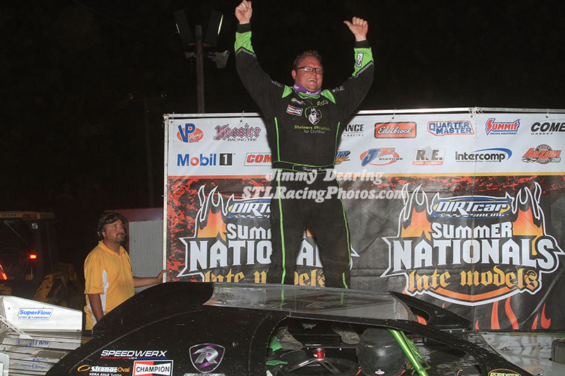 Feger Wins DIRTcar Summer Nationals Thriller at Spoon River Speedway